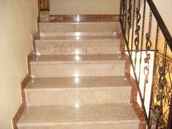 rozalya-bej-merdiven-basamak-riht-dahil-600×450
