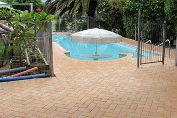 traverten-eskitme-havuz-taslari-600×401